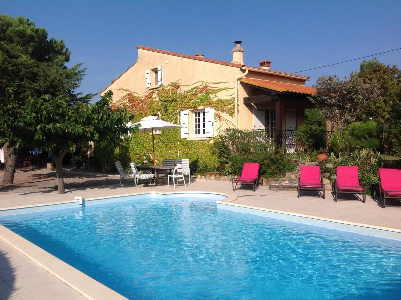 South France Villa with pool, holiday rental in Pyrenees-Orientales