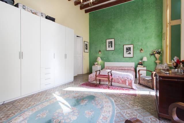 Mansion de Gaudi,cerca de las mejores playas, vacation rental in Felanitx
