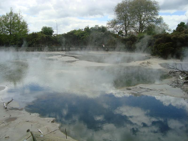Kuirau Park - geothermal activity can be viewed free of charge in the centre of the city