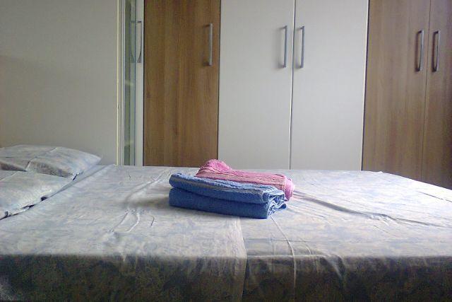 Schlafzimmer 2 mit Luft und Schränke