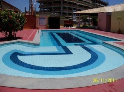 1 swimming pool (children)