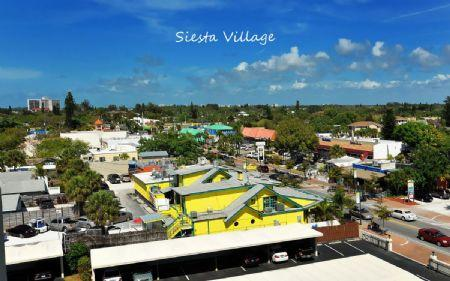 Nearby Siesta Village- Shopping/Dining District