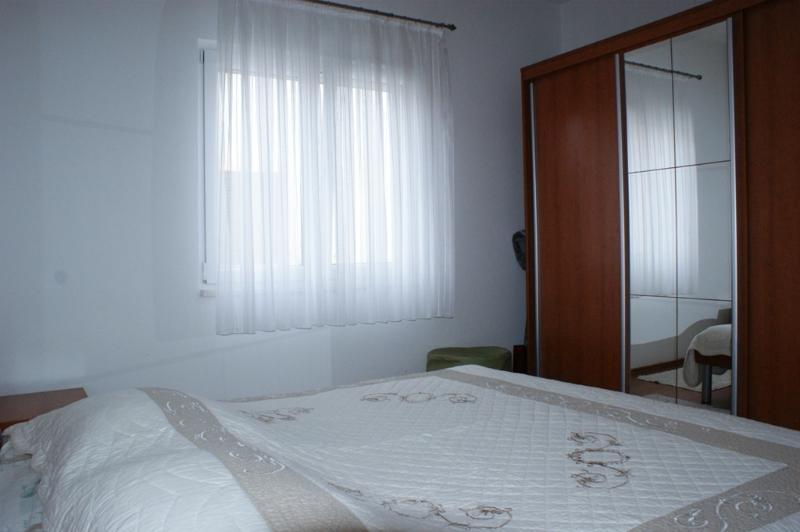 Apartments Katja, aluguéis de temporada em Kastel Stari