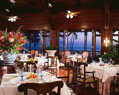 Feel like dressing up? We have some excellent fancy restaurants for the special ocasions.