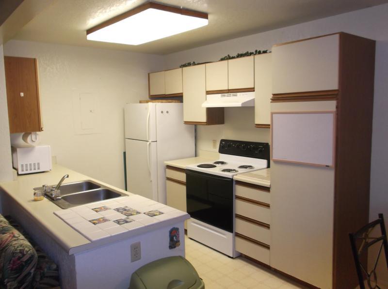 Kitchen w/ DW, New Range