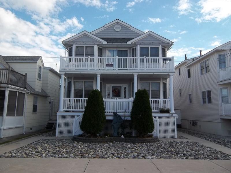 3525 West Avenue 2nd floor 122284, holiday rental in Marmora
