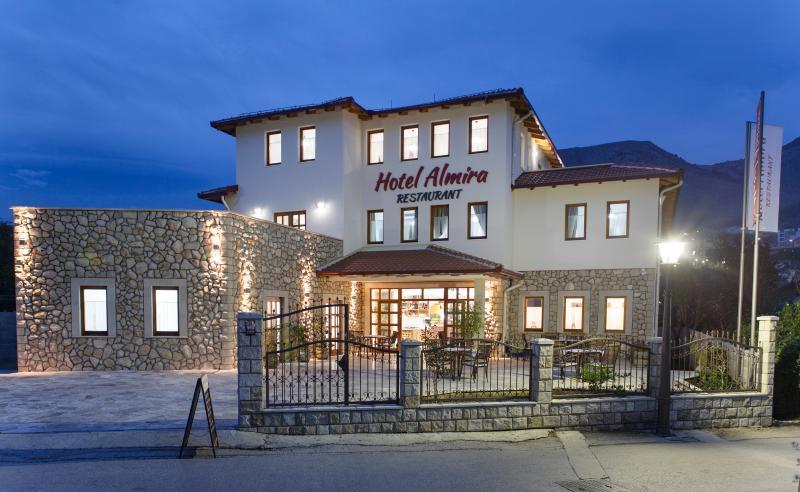 Hotel 'Almira' 88000 MOSTAR Bosnie et Herzegovine, location de vacances à Mostar