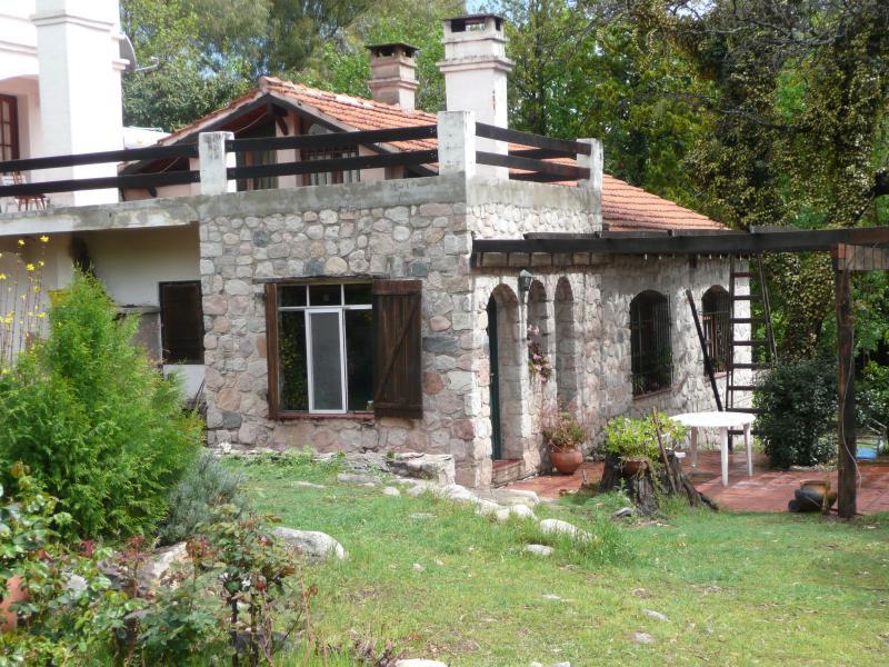 Casa de campo en Traslasierras Córdoba Argentina, aluguéis de temporada em Villa Cura Brochero
