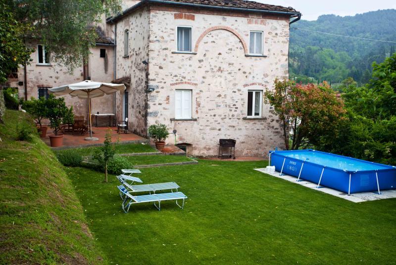 'La Scuola' casa vacanze - Versilia, vacation rental in Nocchi