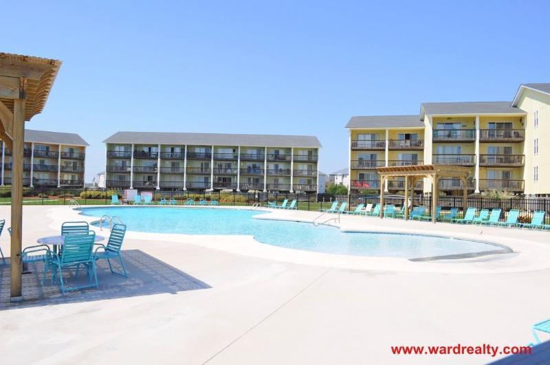 Surf Condos Community Pool