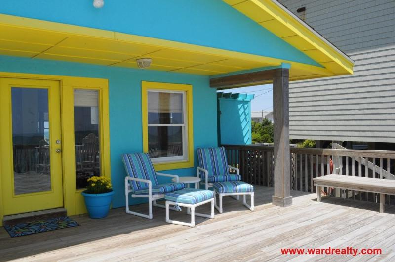 Oceanfront Deck w/ Covered Porch