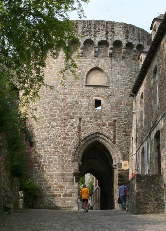 Entrada a la ciudad medieval