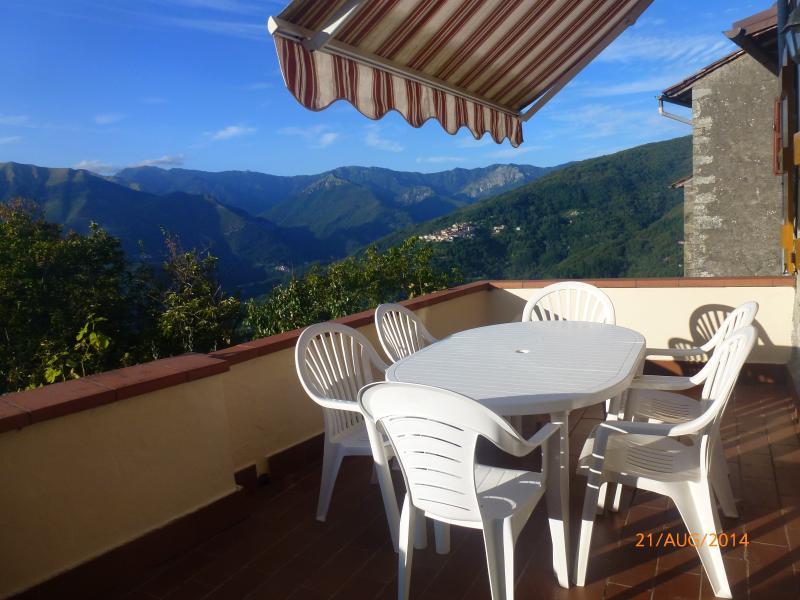 House in Brandeglio, Bagni Di Lucca, Tuscany,Italy, vacation rental in Benabbio