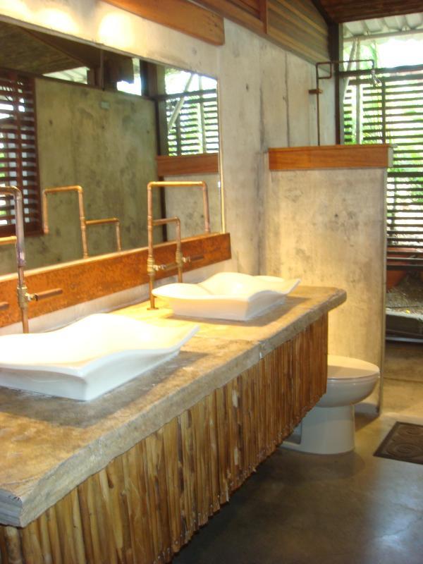 open concept wash / shower room