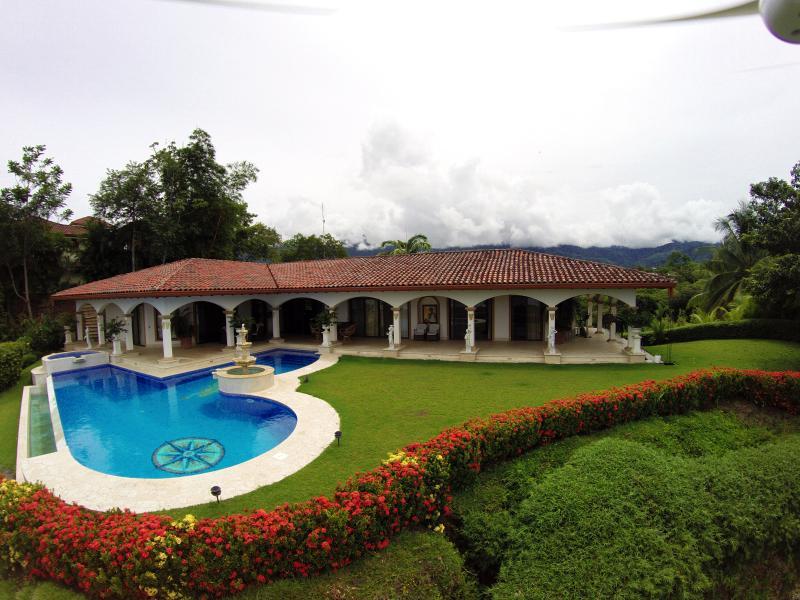 Pool/Patio Area