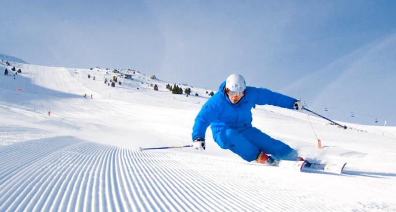 Cercana estación de Esquí de Cerler: 20km. 19 minutos en coche.