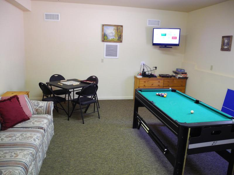 Game Room with mini pool, ping pong, air hockey table