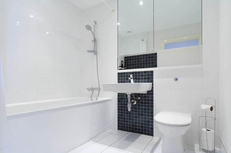 KD Tower Bathroom with Shower