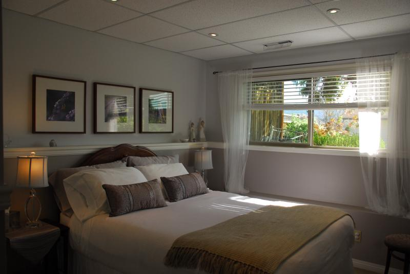 The Lavender Room features a pillow top queen sized bed with luxurious linens