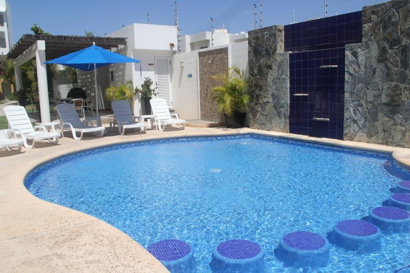 Villas Marina Gardens pool.