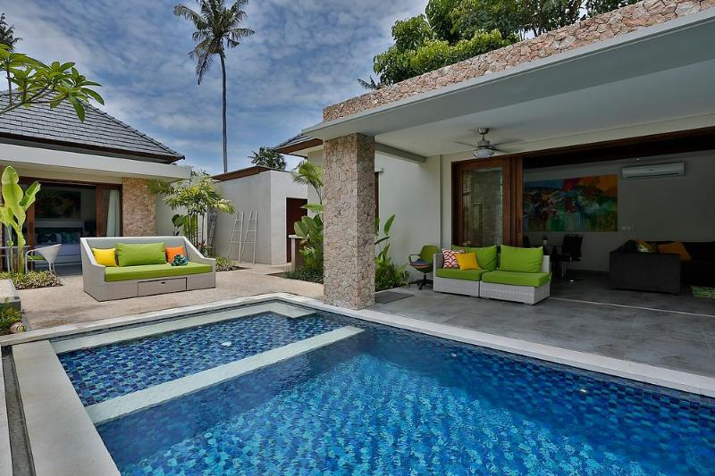 Gorgeous pool area