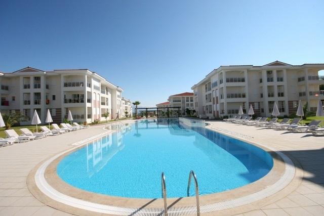 FOUR SEASONS ; private 2 bed home in popular gated community, sleeps 6, vacation rental in Evrenseki