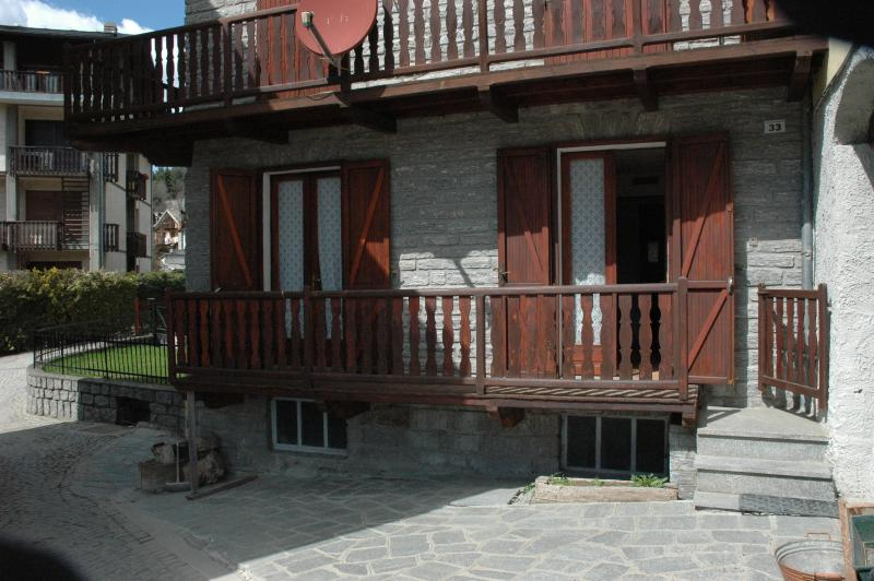 Appartamento in centro paese a Brusson, vakantiewoning in Gressoney Saint Jean