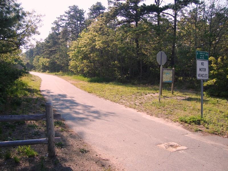Het fietspad ligt op minder dan een mijl van het huis op Depot - South Harwich Cape Cod New England vakantie
