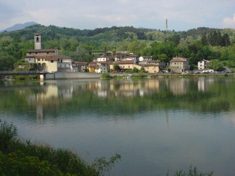 The lake at Pontecosi