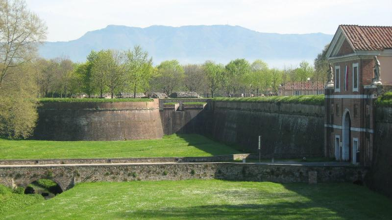 Visit the beautiful walled city of Lucca