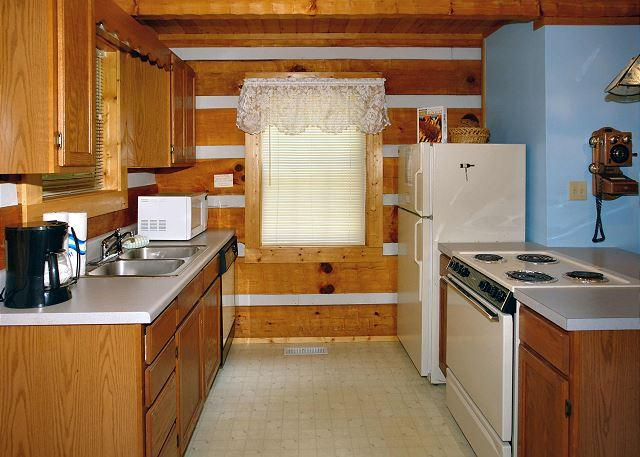 Cuddle Inn #1529- Fully Equipped Kitchen