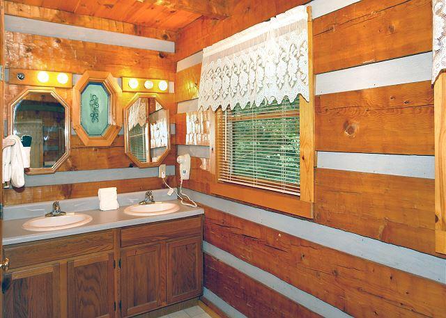 Maneschijn Madness #1611-badkamer