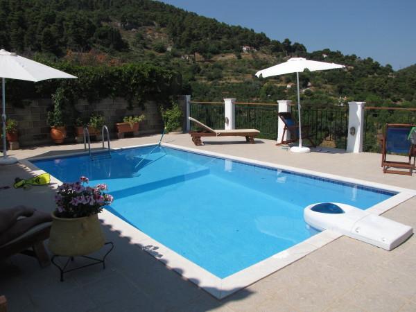 Swimming Pool - Sendoukia Country Villa
