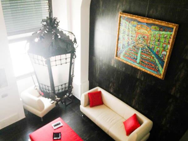 Living Room Apt Morgan