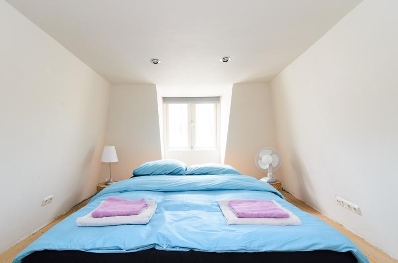 mezzanine family bedroom
