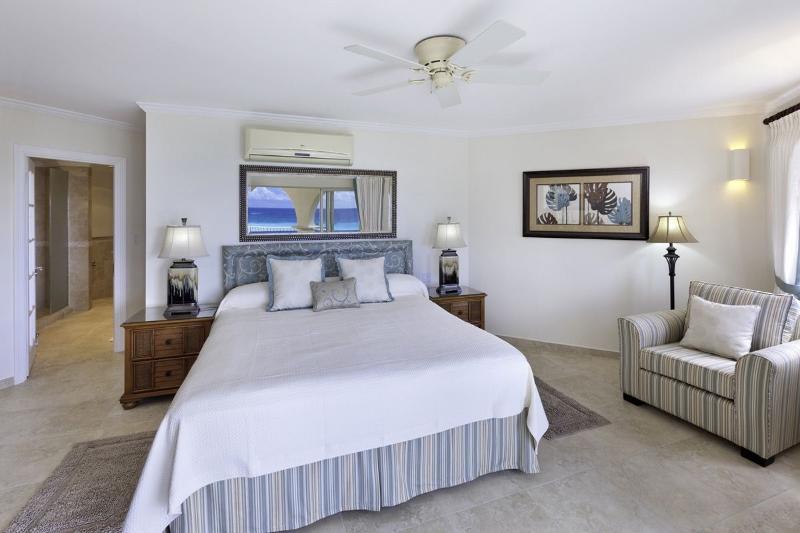 SAPPHIRE BEACH 407 BED 1 LOOKING IN.jpg