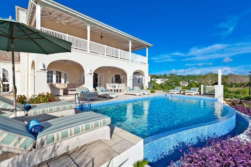 A charming Blue Sky Luxury villa