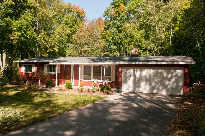 Falun House, holiday rental in Egg Harbor