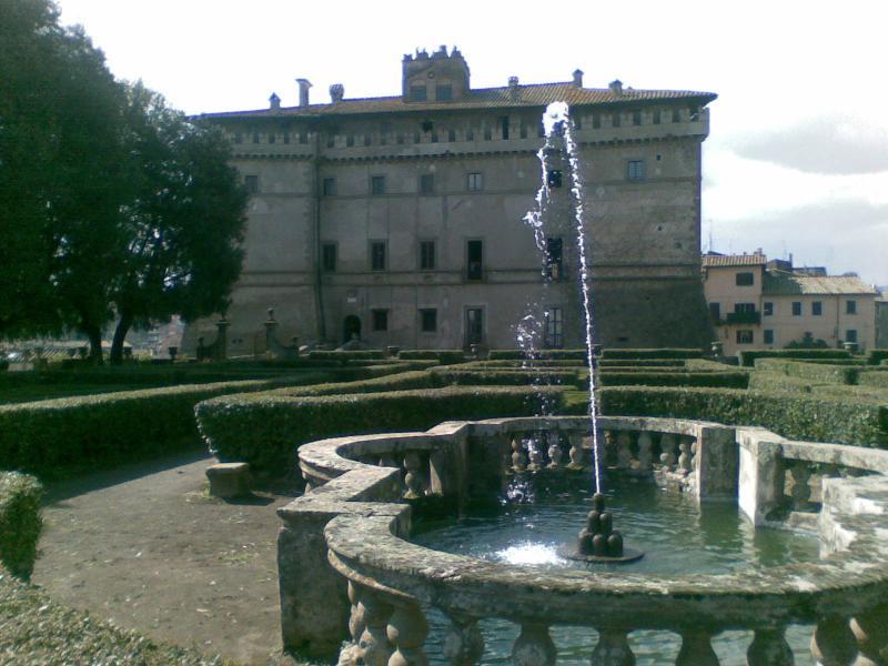 casa della roccia Vignanello, viterbo, vacation rental in Caprarola