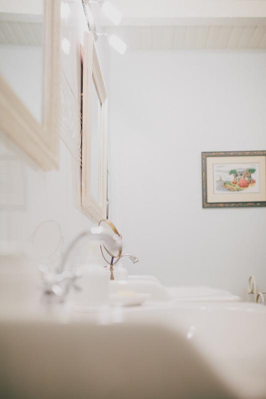 Bath #2 has two vanities