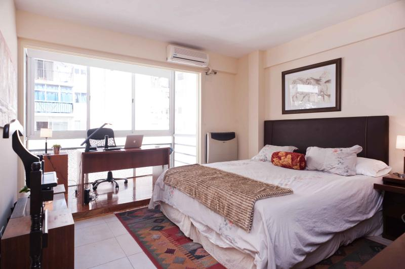 A gret space to Work and a great bed to have the best rest.