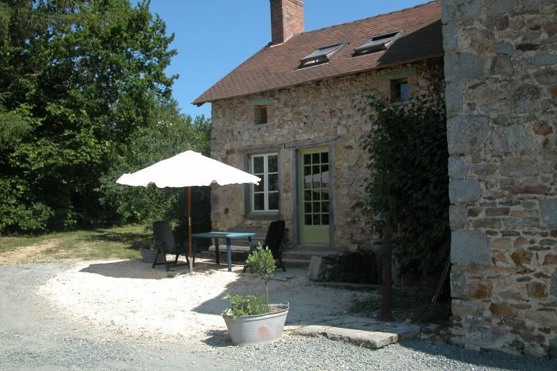 Gite La Jaurie, casa vacanza a Ladignac le Long