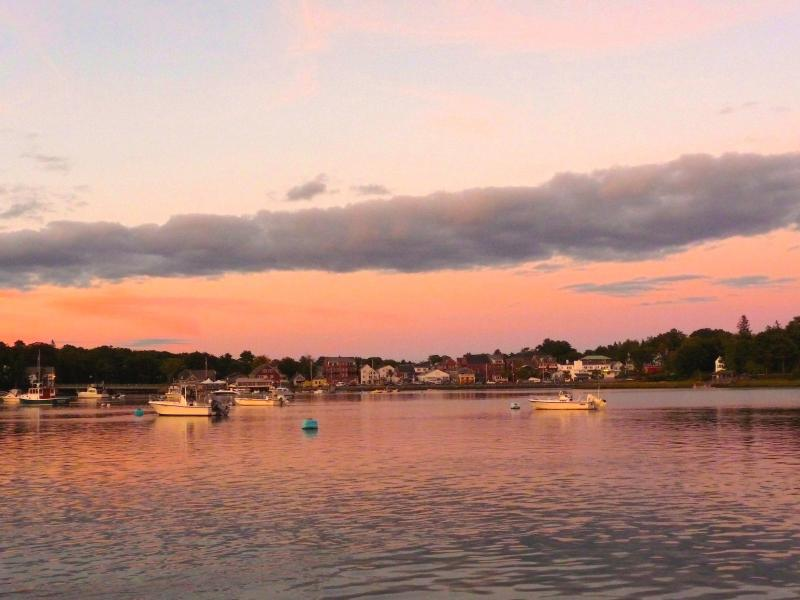 A beatiful sunset on the scenic Damariscotta River.