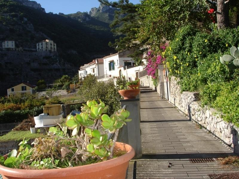 Casa ARGENTINA. Low cost holiday home in Erchie, vacation rental in Maiori