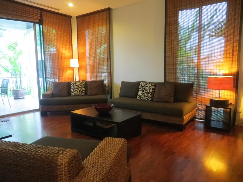 Kata Beach Luxury 1 Bed Easy Walk to Beach And Restaurants, vacation rental in Kata Beach