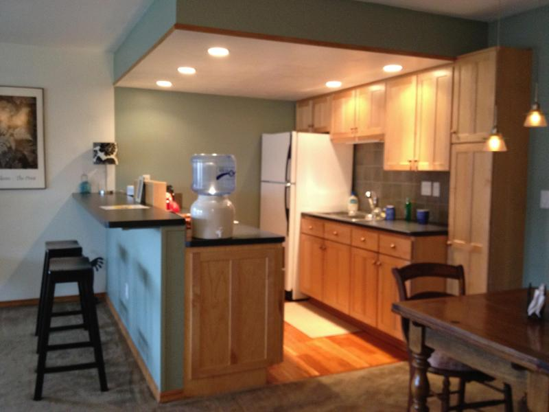 Clean, newly presented, nice finish, holiday rental in Eldorado Springs