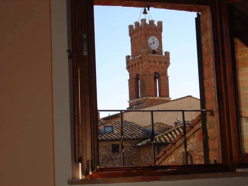 veduta torre comunale