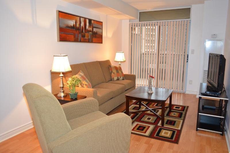Bombay Suites Mississauga - 01 Bedroom Suite Living room