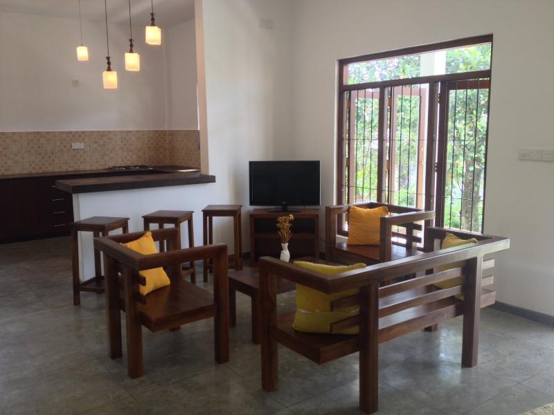 Sandayas Place, holiday rental in Unawatuna