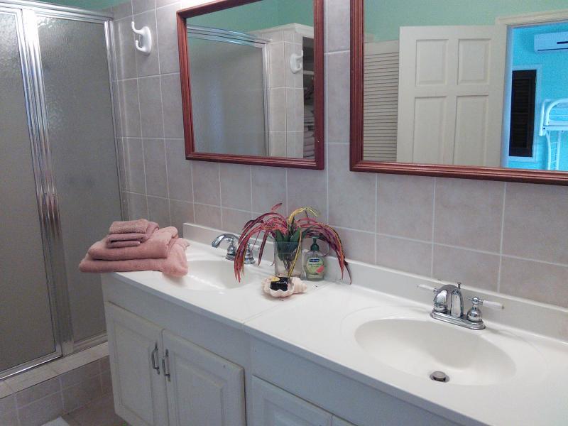 Terceira casa de banho